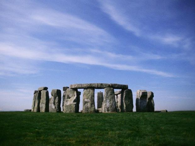 Researchers claim to pinpoint Stonehenge rocks� origin