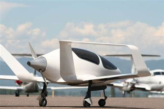 A 40 Mpg Personal Plane Attracts Crowd of Investors