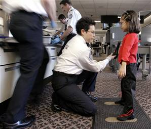 Kirkland 6-year-old patted down by TSA agents (video)