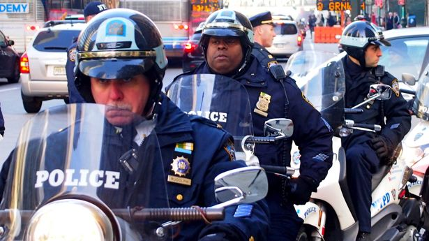 New York police officers defy order to cut marijuana arrests