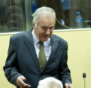 Mladic taunts survivors at start of genocide trial