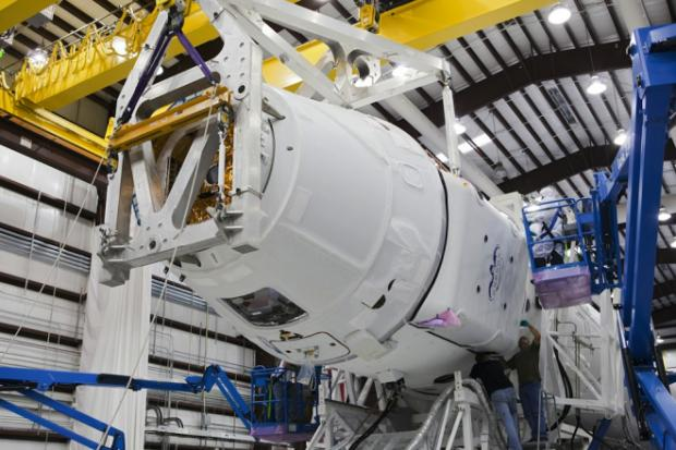 How SpaceX Will Keep the Space Station in Business