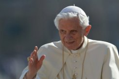 Pope prays in Arabic for first time