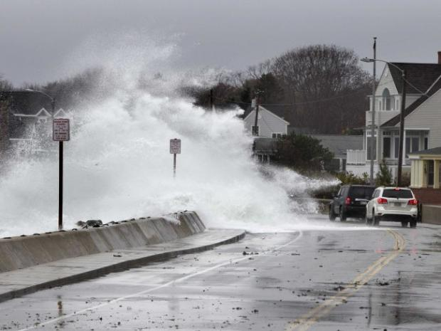 Gigantic Storm Hits The East Coast [PHOTOS]