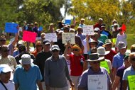 Hundreds rally to back hard-line Arizona sheriff