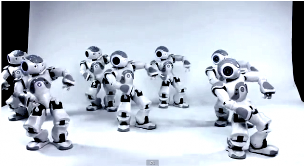 Humanoid Robot Swarm Synchronised Using Quorum Sensing 