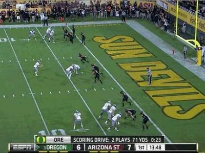 Two Plays From Last Night's Oregon Game Show You What Football Will Look Like In The Future