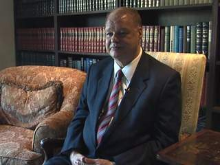 Attorney General Tom Horne cited for leaving the scene of 2012 accident