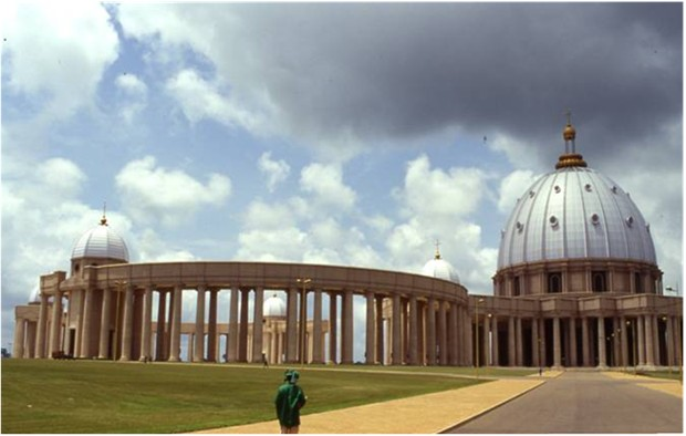 WORLD'S BIGGEST ROMAN-CATHOLIC CATHEDRAL IVORY-COAST