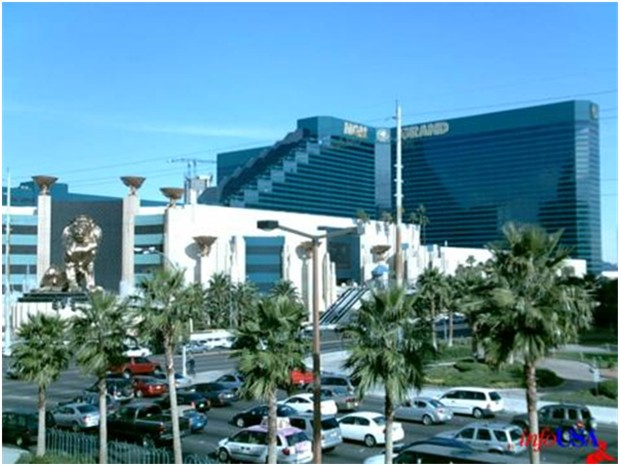 WORLD'S LARGEST HOTEL MGM Grand Hotel Las Vegas 6276 rooms
