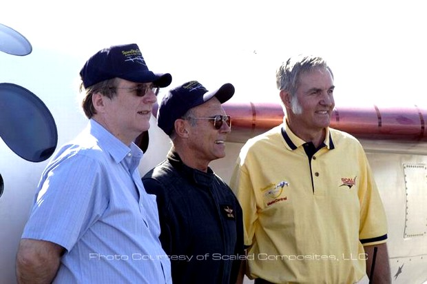 Paul Allen, Mike Melville and Burt Rutan in front of SpaceShipOne