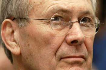 Veterans attempt citizens arrest of Rumsfeld in Boston (VIDEO)
