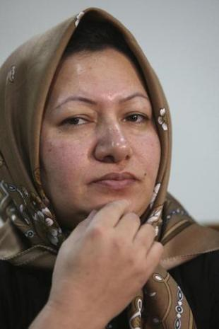 Iranian woman to face death by stoning or hanging
