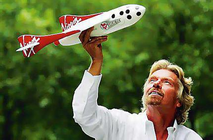 http://www.freedomsphoenix.com/Uploads/Graphics/173-0517235135-richard_branson_space_craft.jpg