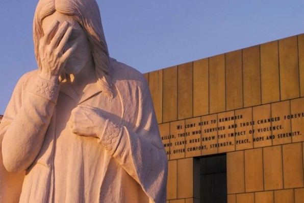 THE OKLAHOMA CITY BOMBING Top ten reasons to question the official story