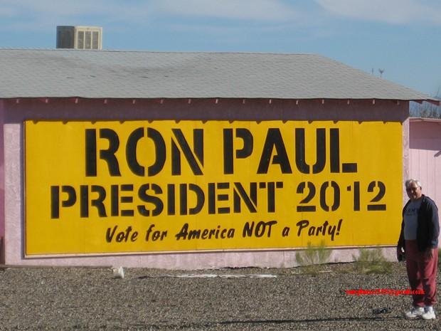 Terry Ron Paul 2012 revolution continues sign making cottonwood Arizona
