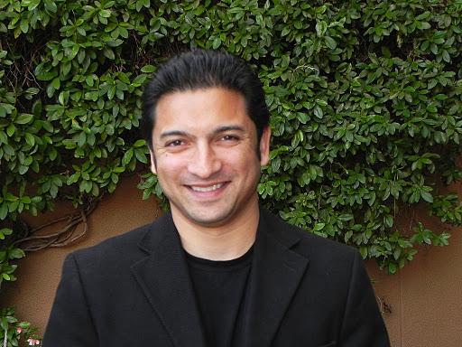 Sanjiv Bhattacharya - U.S. Correspondent with Esquire Magazine U.K. (Ron Paul Revolution)