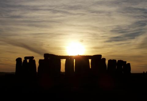 "Exploring A ""Hyperdimensional"" Stonehenge Solstice Sunrise ….Richard C. Hoagland"